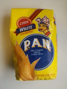 PAN Pre-cooked white cornmeal