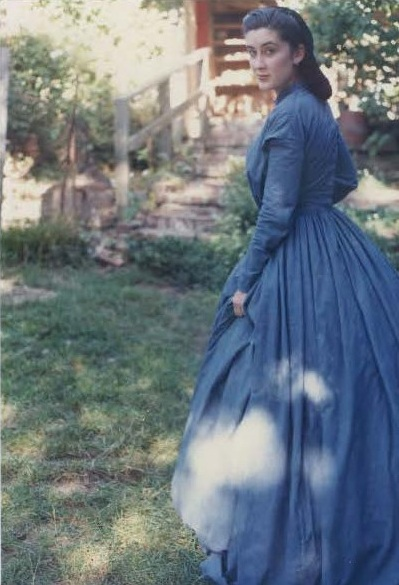 Two Victorian Dresses Past Patterns 702 And 801