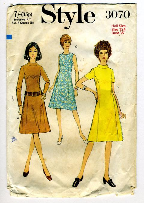 Style 3070 vintage sewing pattern, sewn by Kelina Lobo.